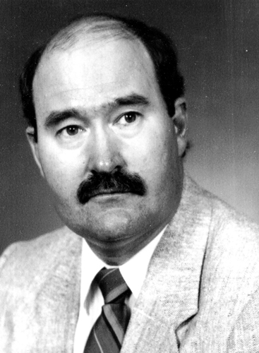 Robert L. Kolowski, Special Agent - Zone 5 (District 5), Served: July 9, 1973, to February 25, 1993