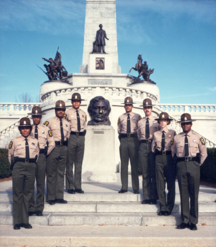 Mid-season uniform - long sleeves & Montana Peak