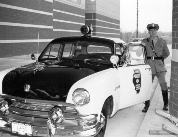 1951 Ford Black & White Department of Public Safety